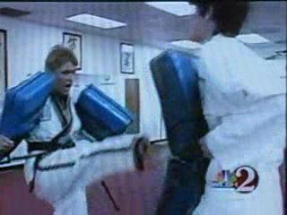 Oom Yung Doe Women's Self Defense: Shock, Scream and Run