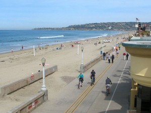 mission-beach-boardwalk2